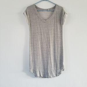Athleta | heather gray short sleeve v-neck tunic S